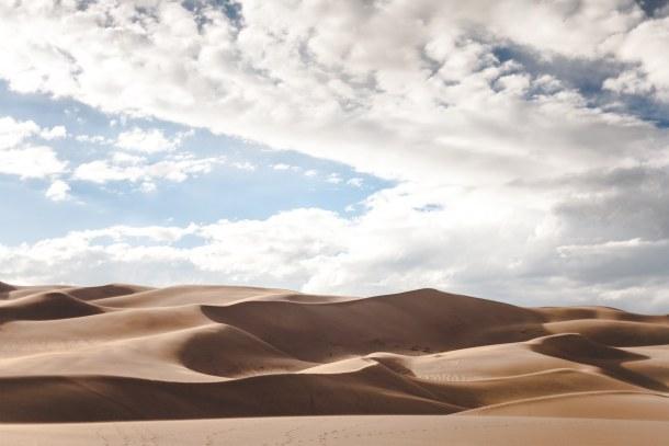 Pleasant weather in dubai desert